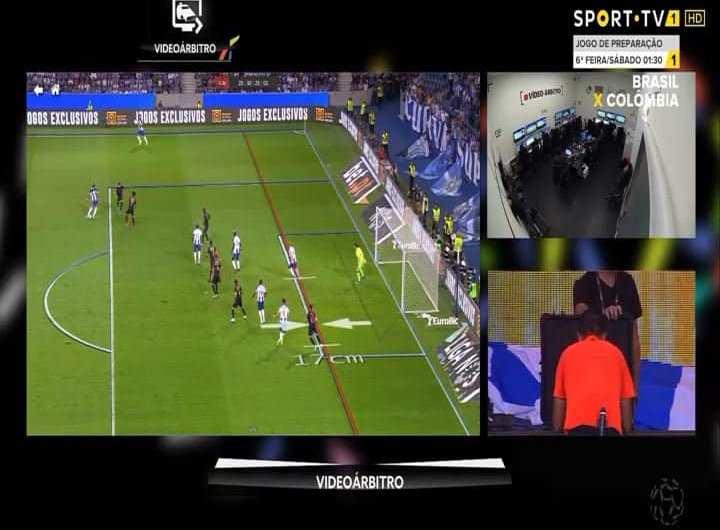 As diferenças entre os fora de jogo no jogo do Benfica e no FC Porto