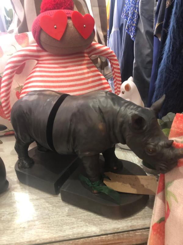 Rhino Book Ends