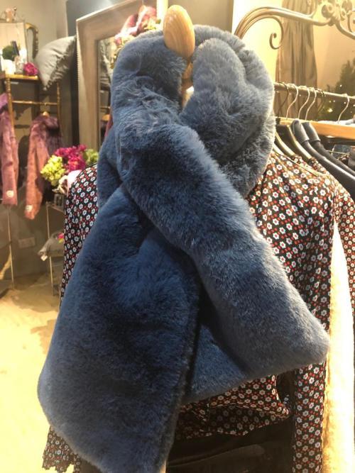 Rino & Pelle Faux Fur Scarf in Denim Blue