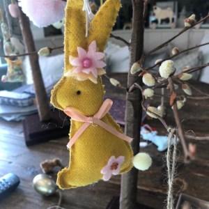 Hanging Felt Rabbits
