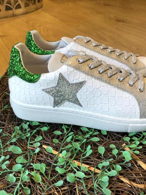 Requins White Leather Trainer with Star