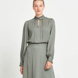 Bauma Tinia Shirt in Moss