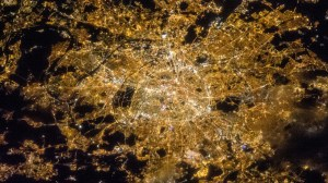 ISS-35_Night_image_of_Paris,_France
