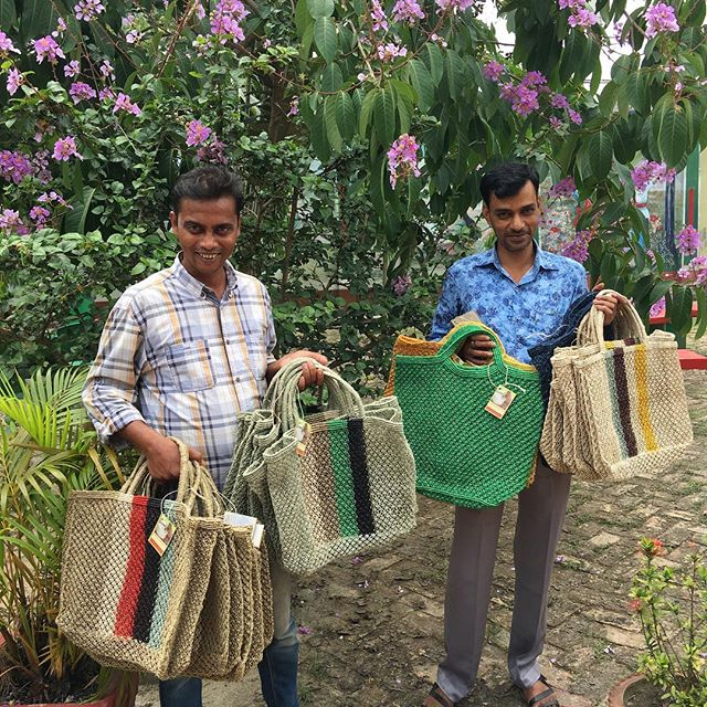 Jute macrame bags arriving at the NGO headquaters from surrounding villages