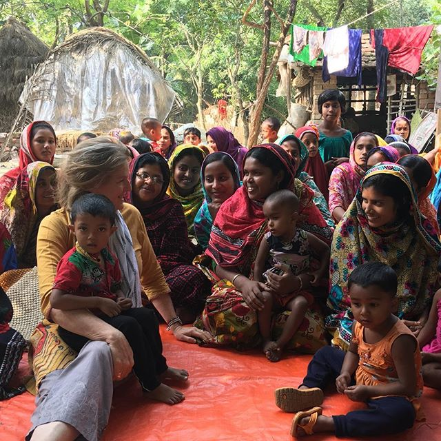 First visit to this wonderful group of macrame producers, Alipur Check-Post in South West Bangladesh