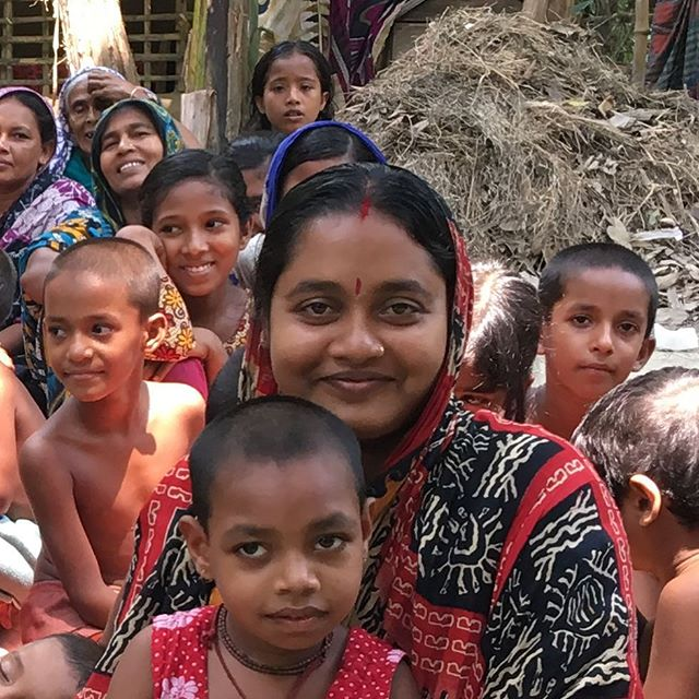 When asked how it feels to be earning money for the first time, Priyanka 25, mother of two replied «very proud, I never thought I would ever earn any money»