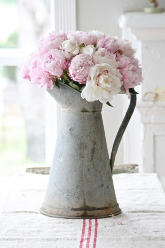 peonies-pink-kitchen