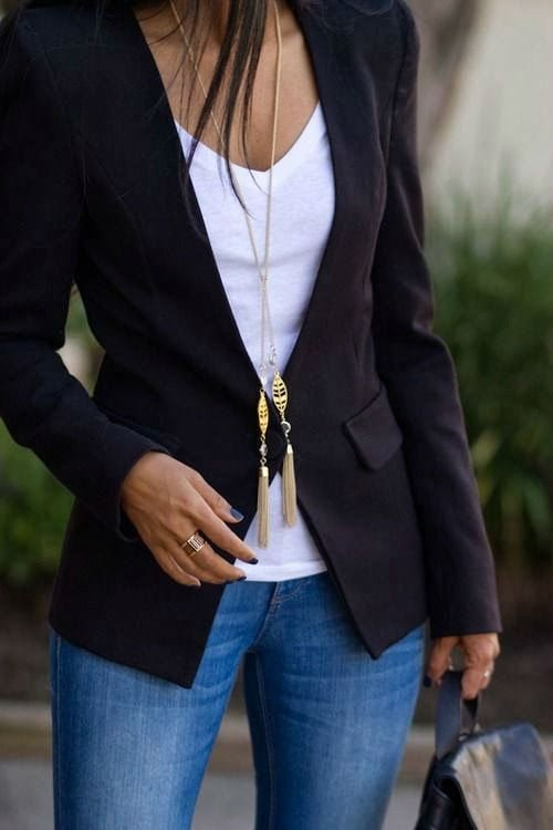 black-blazer-with-jeans-4