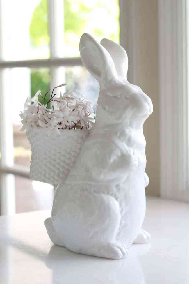 bunny-pottery-barn-easter-decor