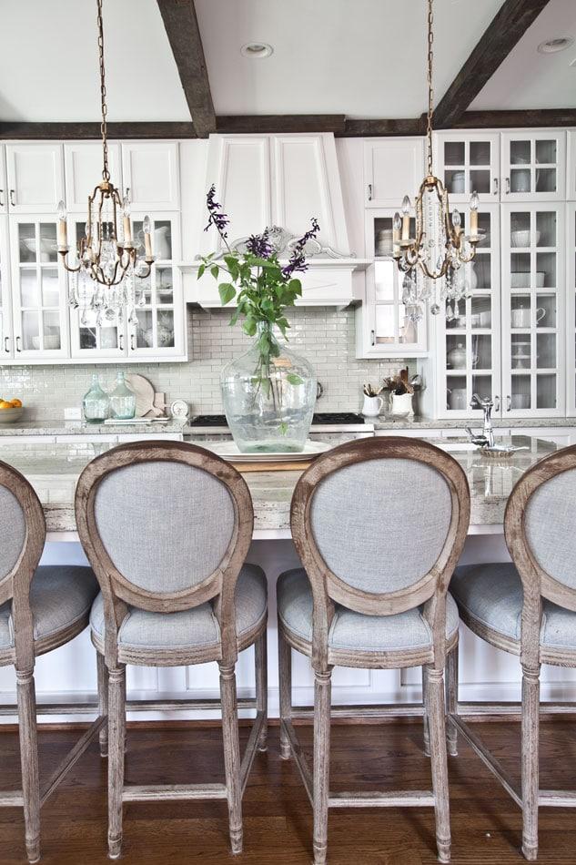 antique-demijohns-white-kitchen