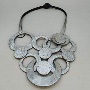 Collar olivia trenzado plateado