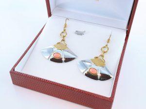 Boucles oreilles en corail rose et plaque or BO-Boucles oreilles en corail rose et plaque or BO-CO-RO-015