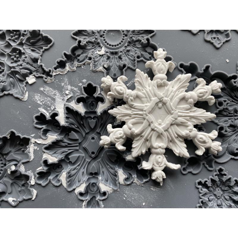 Snowflakes IOD mould sneeuvlokken en wintersfeer met Maisonmansion