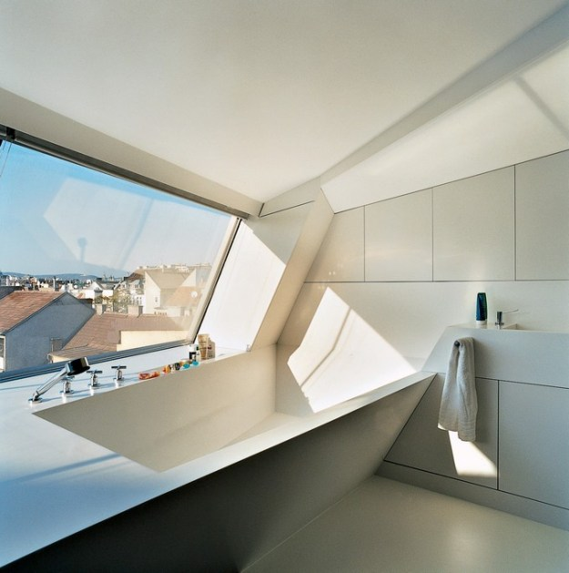 unique and unusual bathtubs for bathroom design