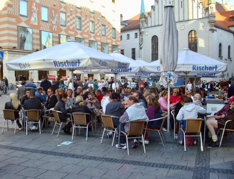 Café Rischart na praça Marienplatz, em Munique