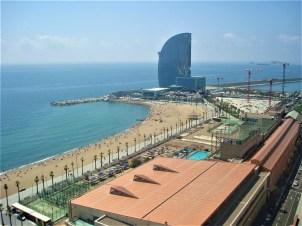 Vista do teleférico para o Hotel W Barcelona
