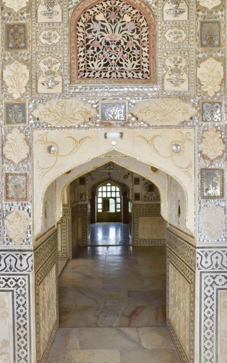 Palácio dos Espelhos (Sheesh Mahal).