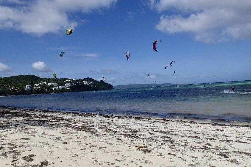 Bulabog Beach nas Filipinas, kitesurfe e windsurf