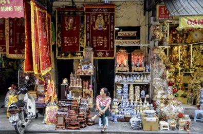 Comércio das ruas do Old Quarter, Vietnã