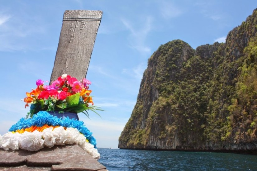 Detalhes do long tail boat na Tailândia