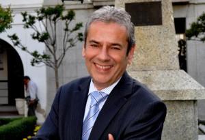 Alfonso Reina