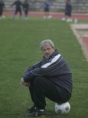 Iriondo (Rayo Majadahonda) pide jugar y entrenar fuera del Cerro tras el tercer traspiés local