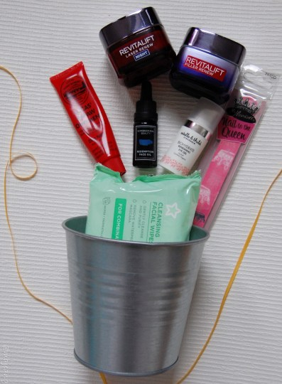 small tin plant pot for organising your ish