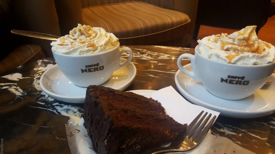 sunday at tower bridge- cafe nero hot chocolate