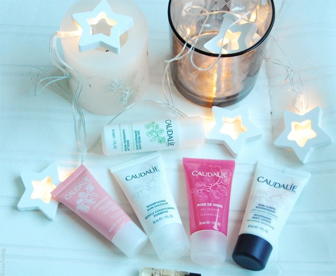 gift guide, small presents caudalie travel set