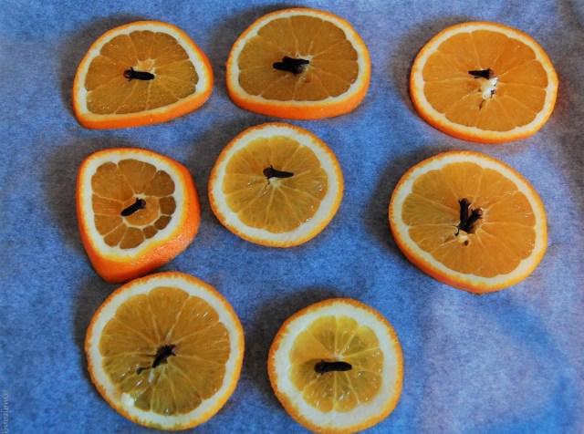 diy wreath orange slices