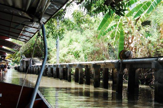 best reasons to visit thailand
