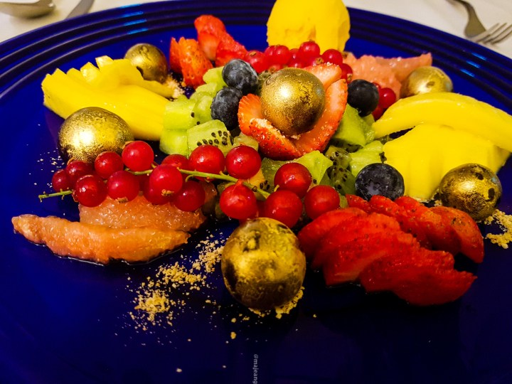 What to eat in Lisbon- Azul and Branco fruit platter