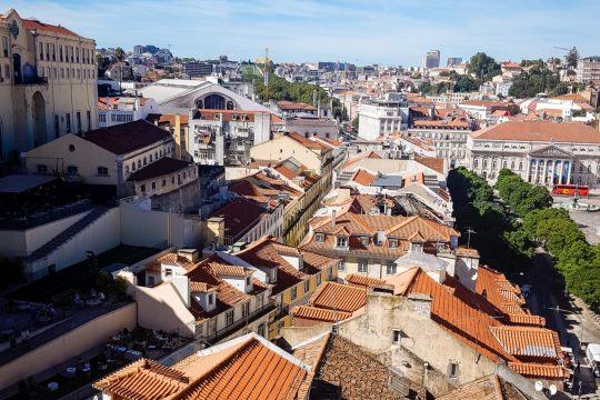 4 reasons you don't need to be positive all the time- Lisbon rooftops www.majeang.com