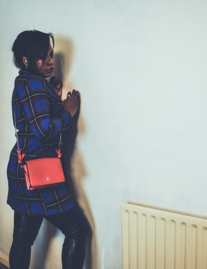 how to style a dress two ways- red bag and leggings