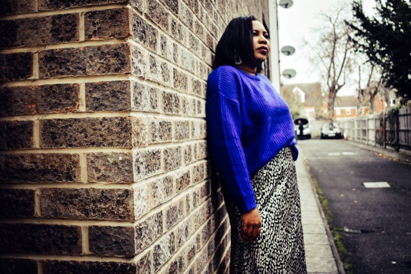 how to style a blue jumper- leopard print skirt