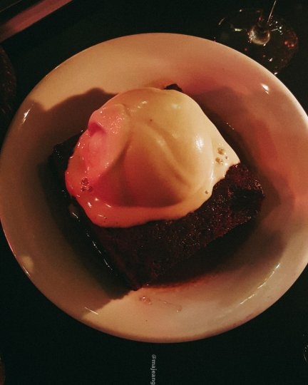 100 hoxton, tapas style- sticky toffee pudding