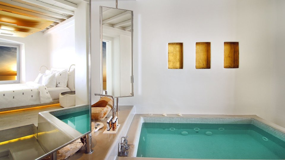 Cavo Tagoo in Mykonos - villa with pool