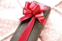 目上の人に靴下を贈るのは失礼?贈ってはいけないプレゼントとは?
