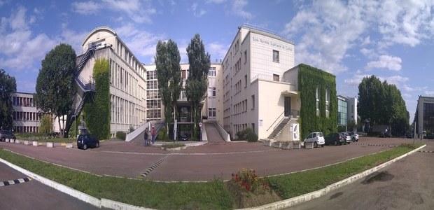 La prépa ENS Paris-Saclay : voie royale et parcours du combattant