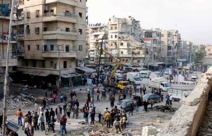 De quelle nationalité étaient les trois soldats qui ont été tués lors d'un bombardement dans la zone d'Al-Bab le jeudi 24 novembre ?