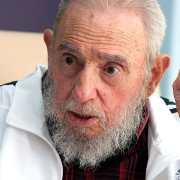 Fidel Castro: icône révolutionnaire, bilan contrasté