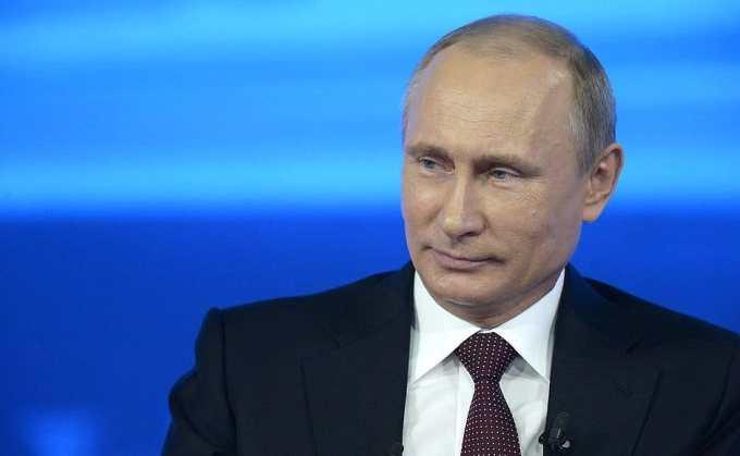 Joe Biden s'est entretenu avec Vladimir Poutine pour...