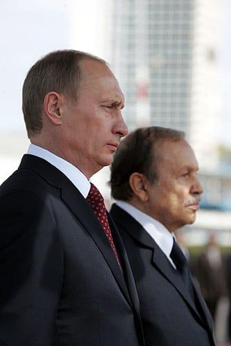 Vladimir Poutine a refusé de reporter la consultation qui lui permettrait d'enchaîner un nouveau mandat.