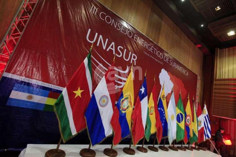 Quel pays a annoncé quitter l'Unasur ?