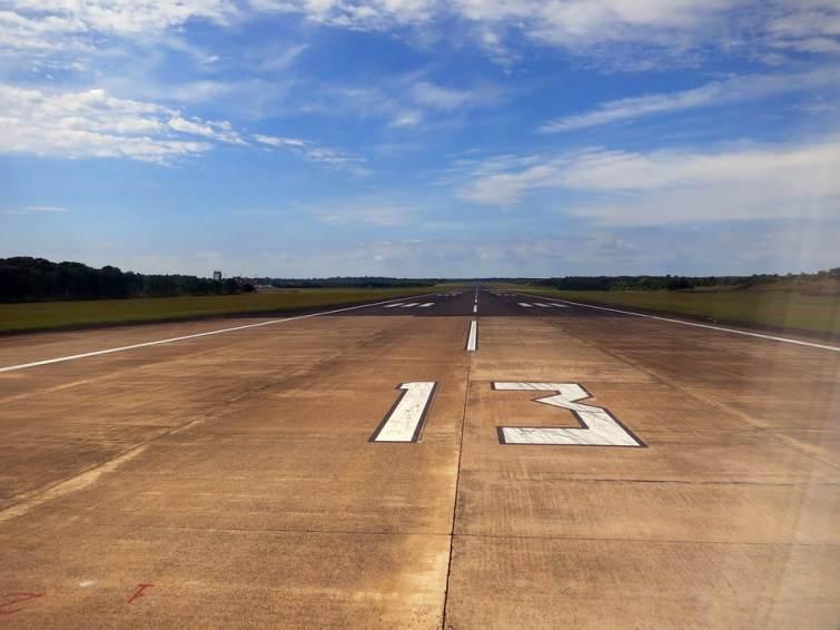 Pour quoi sont utilisées les pistes d'atterrissage dynamitées par l'armée péruvienne ?