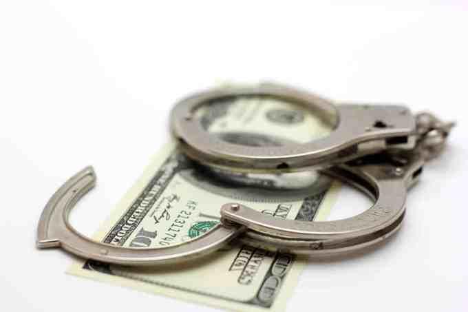 Dans quel pays une affaire de corruption a-t-elle été révélée ?