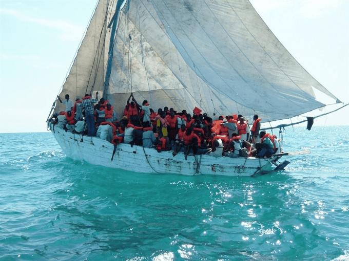 Combien de migrants ont été sauvés ce weekend en Méditerranée ?
