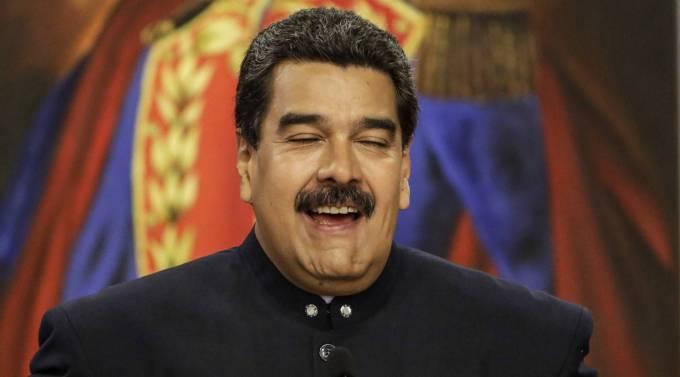 Comment Maduro a-t-il « riposté » face aux pressions de la communauté internationale ?