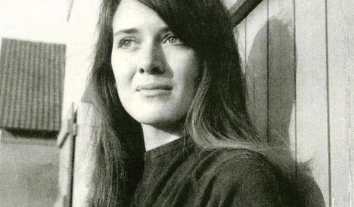 Annie Ernaux, Ecrire pour forger une mémoire collective (2008)
