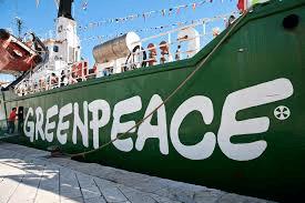 Greenpeace vs BP : qui gagne ?